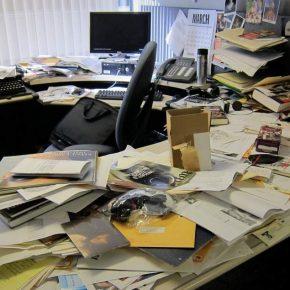 declutter your desk
