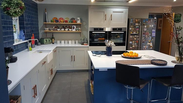 Hand Painted Kitchen Harvey Jones 2